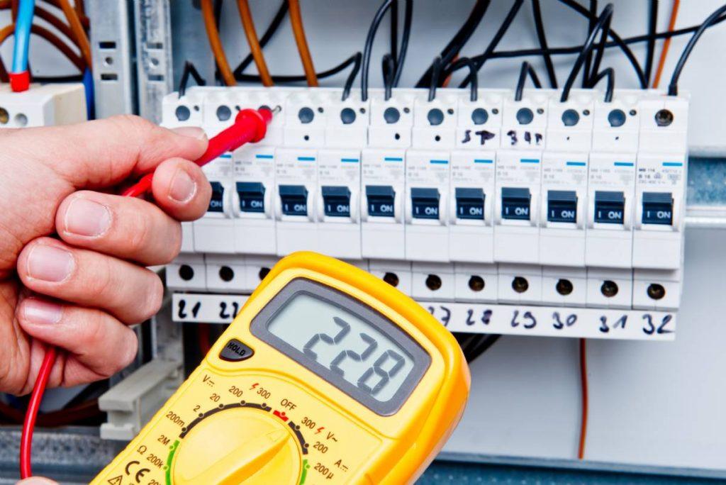 220 volt giriş 380 volt çıkış