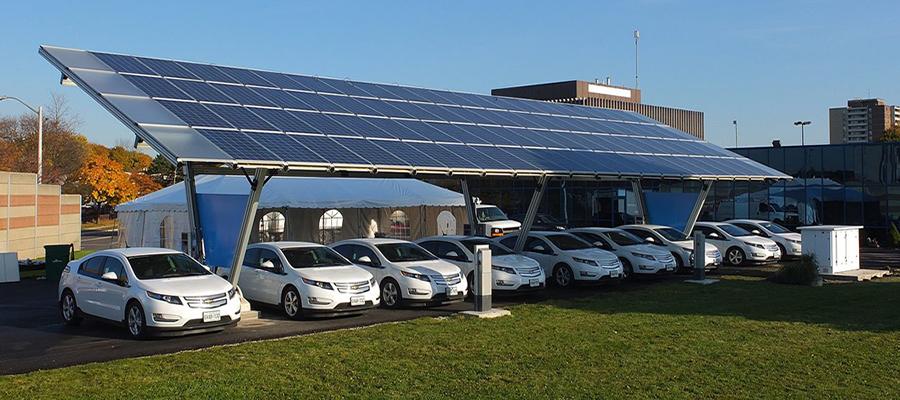elektikli araba sarj istasyonu guneş enerjisi solar